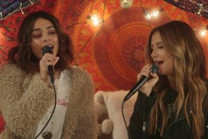 Ashley Tisdale e Vanessa Hudgens cantano insieme – Ed è di nuovo High School Musical