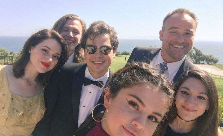 Reunion dei Maghi di Waverly al matrimonio di David Henrie